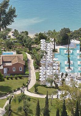 Palazzina Villa with Private Pool on All Inclusive