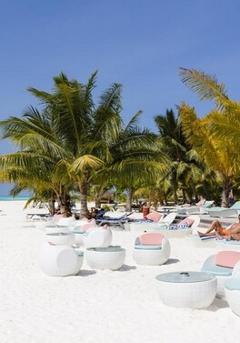 Honeymoon special in Mauritius - where the bride stays free!