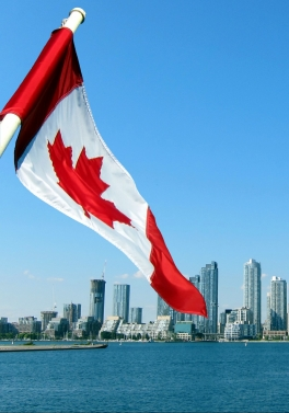 From Edinburgh! Toronto with Niagara Falls Day Tour