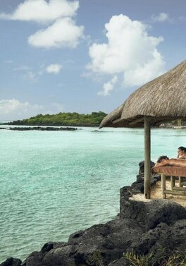 Post-Christmas luxury - Dubai Palm and Mauritius beach twin centre!