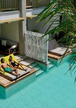 Swim Up Pool Room at the new Sunrise Attitude hotel in Mauritius!