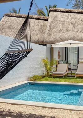 Stay in a villa with pool at the Tropical Attitude in Mauritius on All Inc for Christmas and New Year!